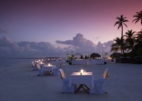 maledivy-hotel-conrad-rangali-island-076.jpg