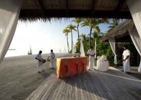 maledivy-hotel-conrad-rangali-island-106.jpg
