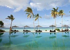 maledivy-hotel-constance-halaveli-resort-067.jpg