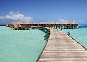 maledivy-hotel-constance-halaveli-resort-074.jpg