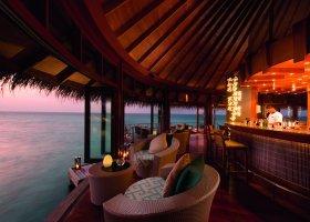 maledivy-hotel-constance-halaveli-resort-108.jpg
