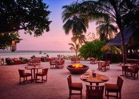maledivy-hotel-constance-halaveli-resort-111.jpg