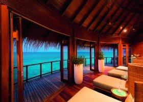 maledivy-hotel-constance-halaveli-resort-115.jpg