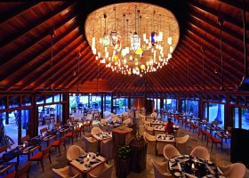 maledivy-hotel-constance-halaveli-resort-151.jpg