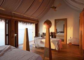 maledivy-hotel-constance-moofushi-resort-049.jpg