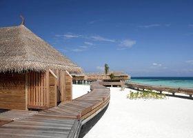 maledivy-hotel-constance-moofushi-resort-065.jpg