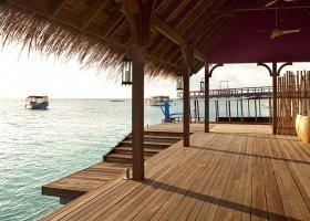 maledivy-hotel-constance-moofushi-resort-080.jpg