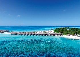 maledivy-hotel-constance-moofushi-resort-102.jpg
