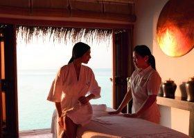 maledivy-hotel-constance-moofushi-resort-157.jpg