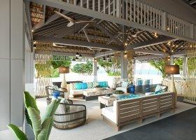 maledivy-hotel-cora-cora-007.jpg