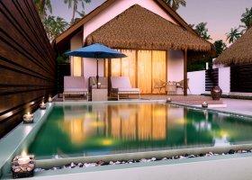 maledivy-hotel-dusit-thani-maldives-180.jpg