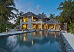 maledivy-hotel-dusit-thani-maldives-239.jpg