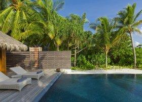 maledivy-hotel-dusit-thani-maldives-242.jpg
