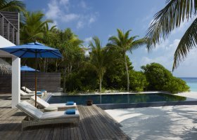 maledivy-hotel-dusit-thani-maldives-243.jpg