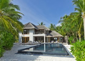 maledivy-hotel-dusit-thani-maldives-248.jpg