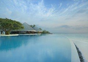 maledivy-hotel-dusit-thani-maldives-300.jpg