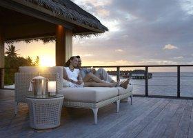 maledivy-hotel-dusit-thani-maldives-352.jpg