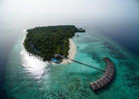 maledivy-hotel-filitheyo-island-resort-044.jpg