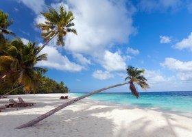 maledivy-hotel-filitheyo-island-resort-050.jpg