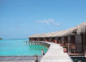 maledivy-hotel-filitheyo-island-resort-059.jpg