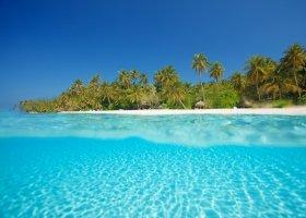 maledivy-hotel-filitheyo-island-resort-132.jpg