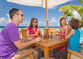 maledivy-hotel-filitheyo-island-resort-150.jpg