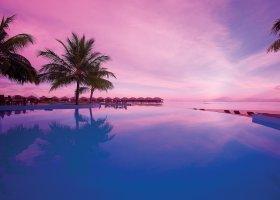 maledivy-hotel-filitheyo-island-resort-154.jpg