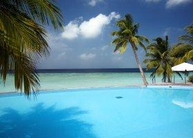 maledivy-hotel-filitheyo-island-resort-156.jpg