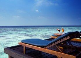 maledivy-hotel-filitheyo-island-resort-180.jpg