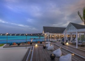 maledivy-hotel-four-seasons-landaa-giraavaru-027.jpg