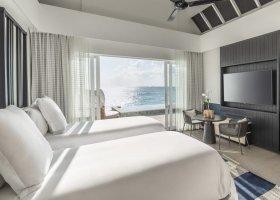 maledivy-hotel-four-seasons-landaa-giraavaru-175.jpg