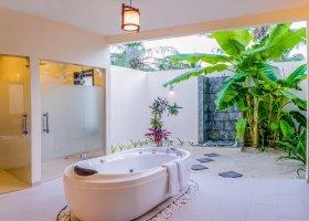 maledivy-hotel-furaveri-island-resort-spa-013.jpg