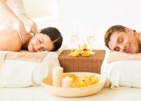 maledivy-hotel-furaveri-island-resort-spa-034.jpg