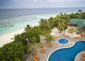 maledivy-hotel-furaveri-island-resort-spa-061.jpg