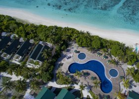 maledivy-hotel-furaveri-island-resort-spa-066.jpg