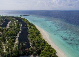 maledivy-hotel-furaveri-island-resort-spa-067.jpg