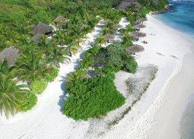 maledivy-hotel-furaveri-island-resort-spa-070.jpg