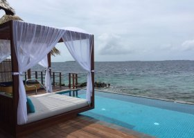 maledivy-hotel-furaveri-island-resort-spa-101.jpg