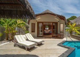 maledivy-hotel-furaveri-island-resort-spa-134.jpg