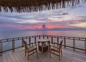 maledivy-hotel-furaveri-island-resort-spa-143.jpg