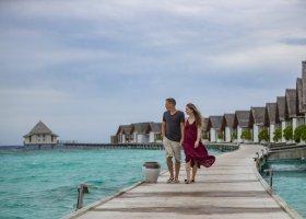 maledivy-hotel-furaveri-island-resort-spa-180.jpg