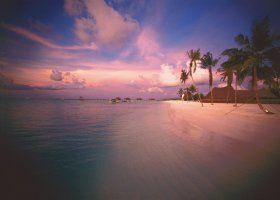 maledivy-hotel-gili-lankanfushi-114.jpg