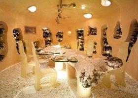 maledivy-hotel-gili-lankanfushi-147.jpg