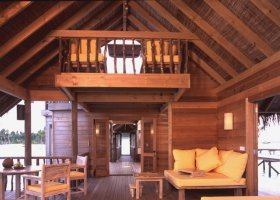 maledivy-hotel-gili-lankanfushi-160.jpg