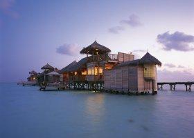 maledivy-hotel-gili-lankanfushi-165.jpg