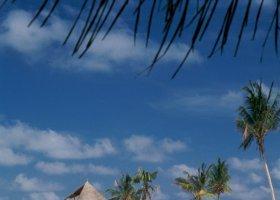 maledivy-hotel-gili-lankanfushi-170.jpg