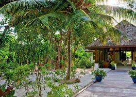 maledivy-hotel-hideaway-beach-resort-spa-145.jpg