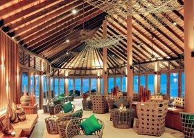 maledivy-hotel-hideaway-beach-resort-spa-153.jpg