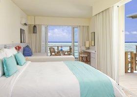 maledivy-hotel-holiday-inn-kandooma-014.jpg