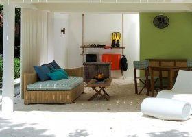 maledivy-hotel-holiday-inn-kandooma-025.jpg